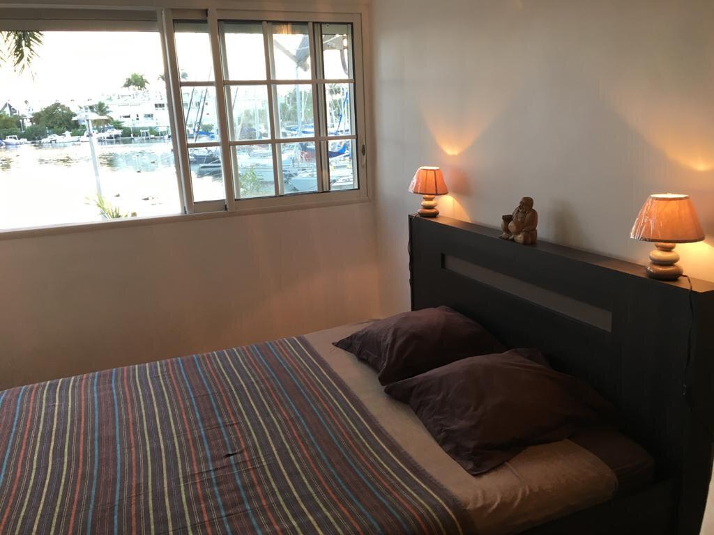 Appartement à louer 3 100m2 à Pointe-à-Pitre vignette-8