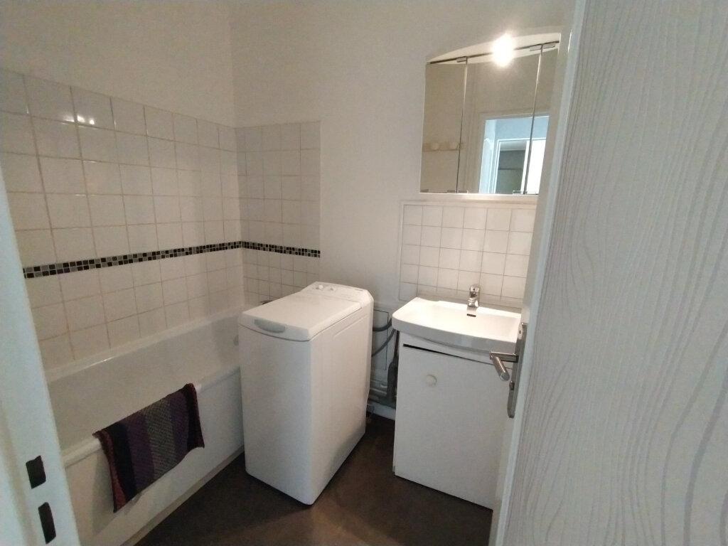 Appartement à louer 2 44m2 à Chennevières-sur-Marne vignette-5