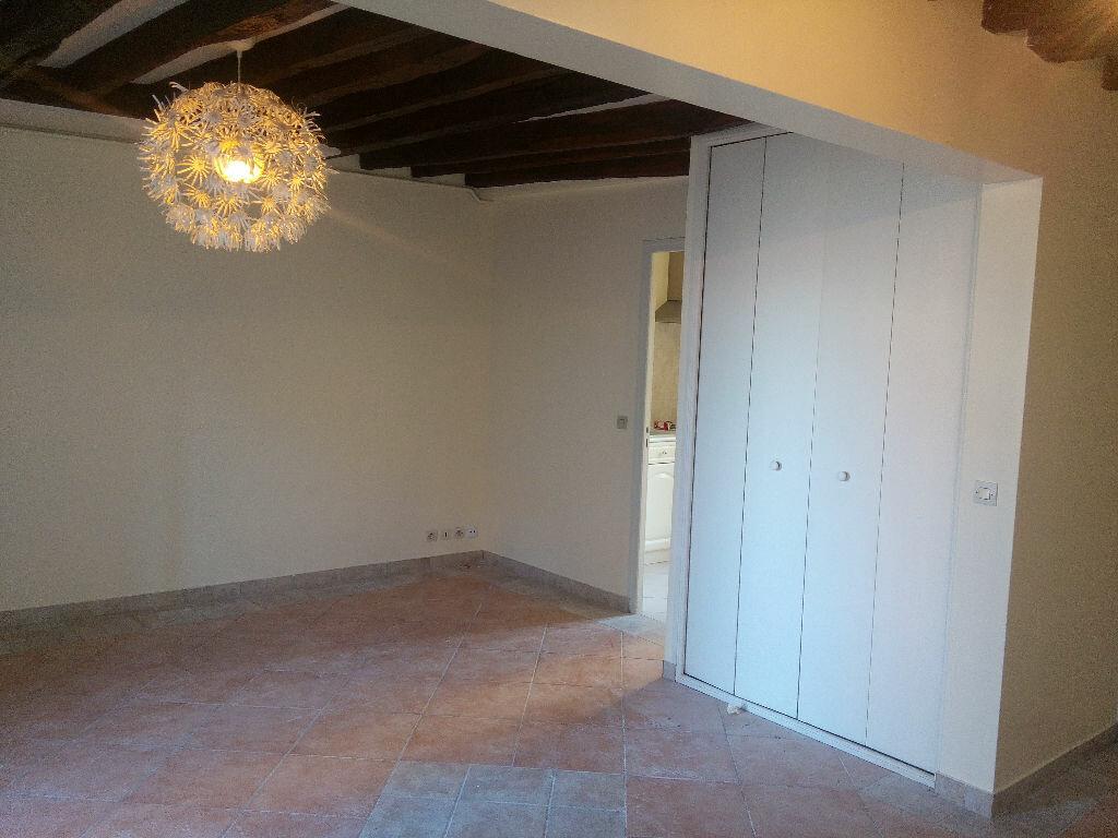 Appartement à louer 2 46m2 à Chennevières-sur-Marne vignette-2