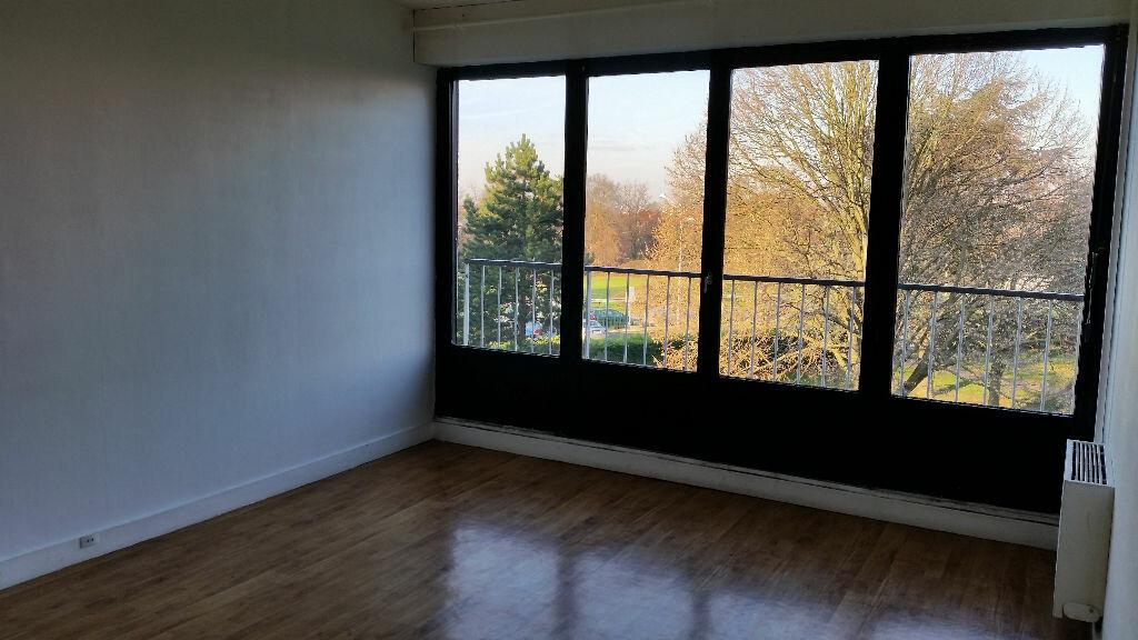 Appartement à louer 2 44m2 à Chennevières-sur-Marne vignette-1