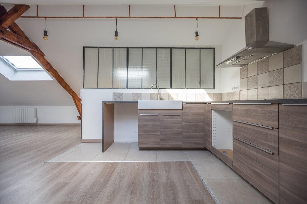 Appartement à louer 4 75m2 à Sucy-en-Brie vignette-3