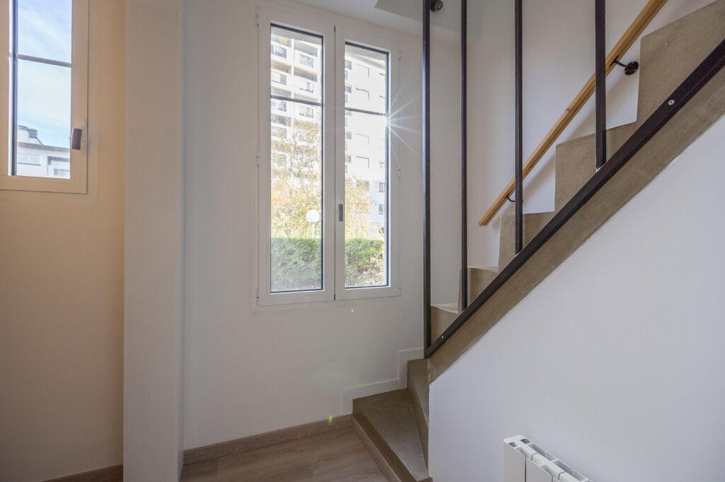 Appartement à louer 4 75m2 à Sucy-en-Brie vignette-5