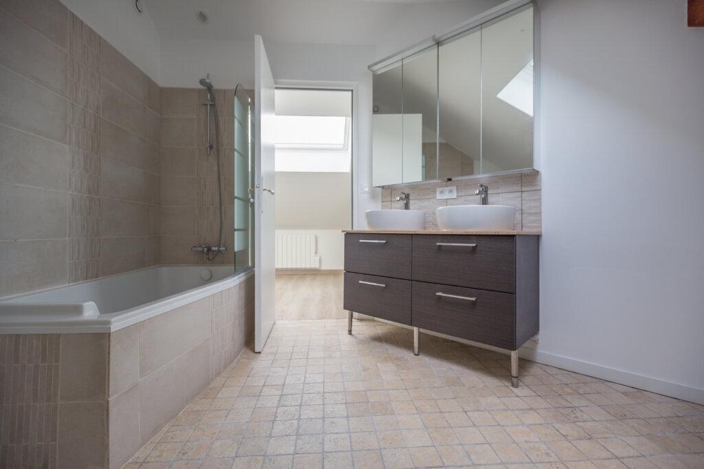 Appartement à louer 4 75m2 à Sucy-en-Brie vignette-8