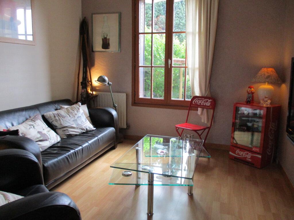 Maison à vendre 5 100m2 à Ormesson-sur-Marne vignette-1
