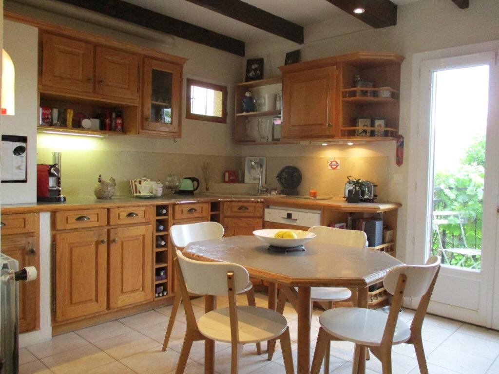 Maison à vendre 5 100m2 à Ormesson-sur-Marne vignette-2