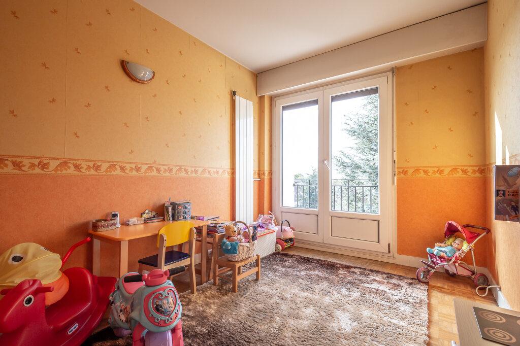 Appartement à vendre 4 72.66m2 à Chennevières-sur-Marne vignette-6