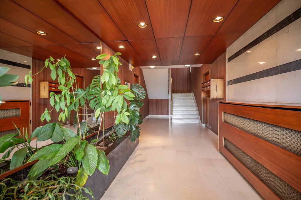 Appartement à vendre 4 72.66m2 à Chennevières-sur-Marne vignette-9