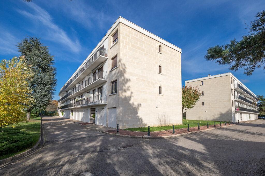 Appartement à vendre 4 72.66m2 à Chennevières-sur-Marne vignette-12
