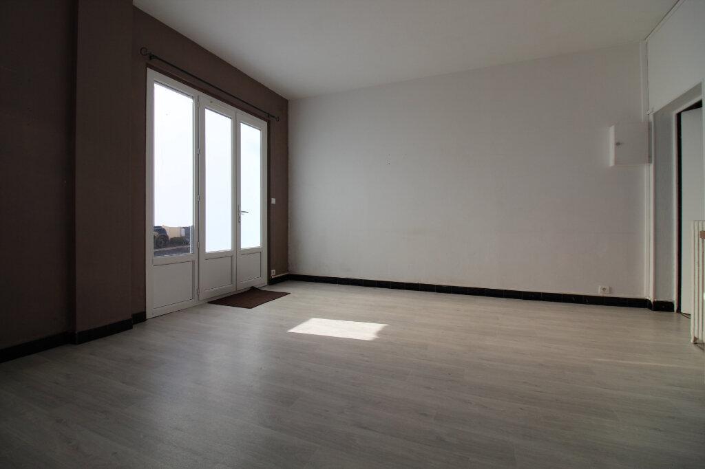 Appartement à vendre 2 34m2 à Étampes vignette-3