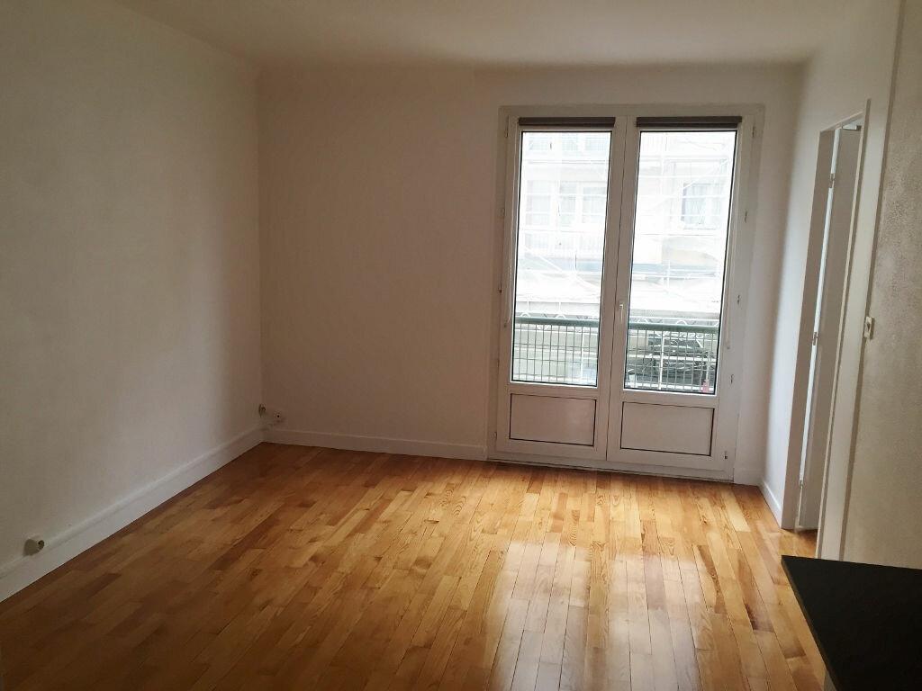 Appartement à louer 3 54.86m2 à Versailles vignette-1