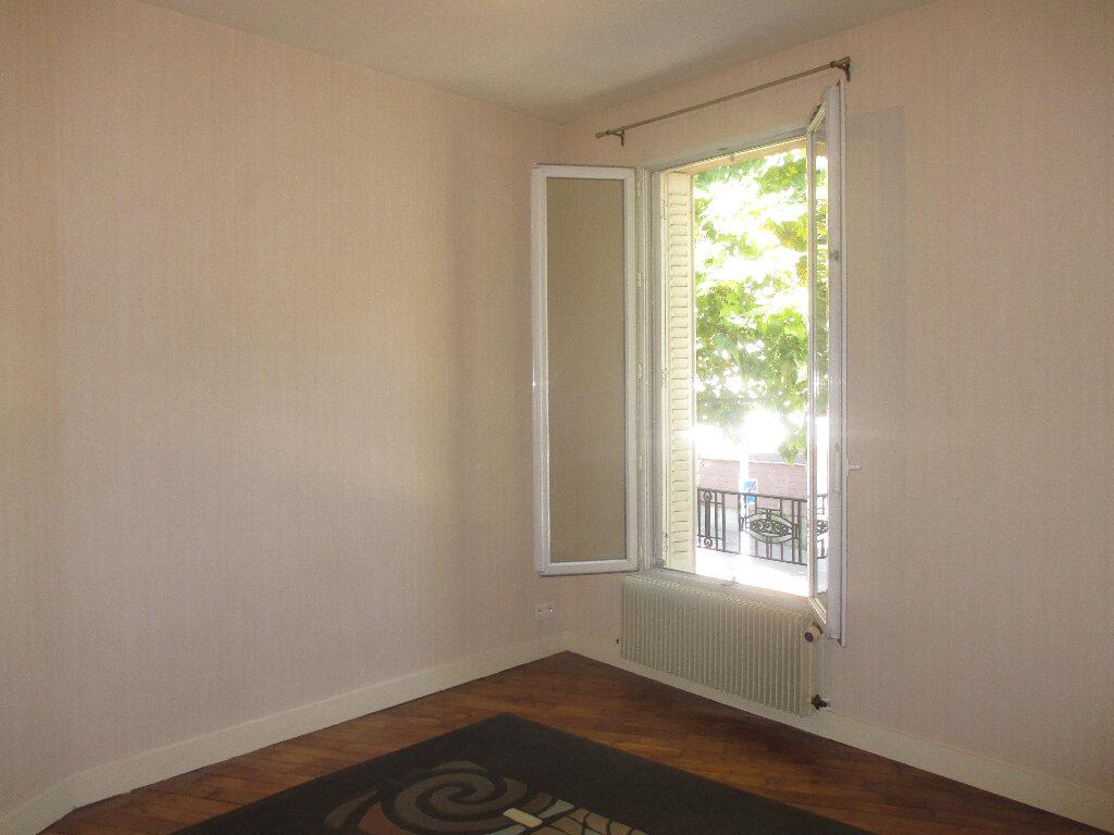Appartement à louer 2 33m2 à Gentilly vignette-5