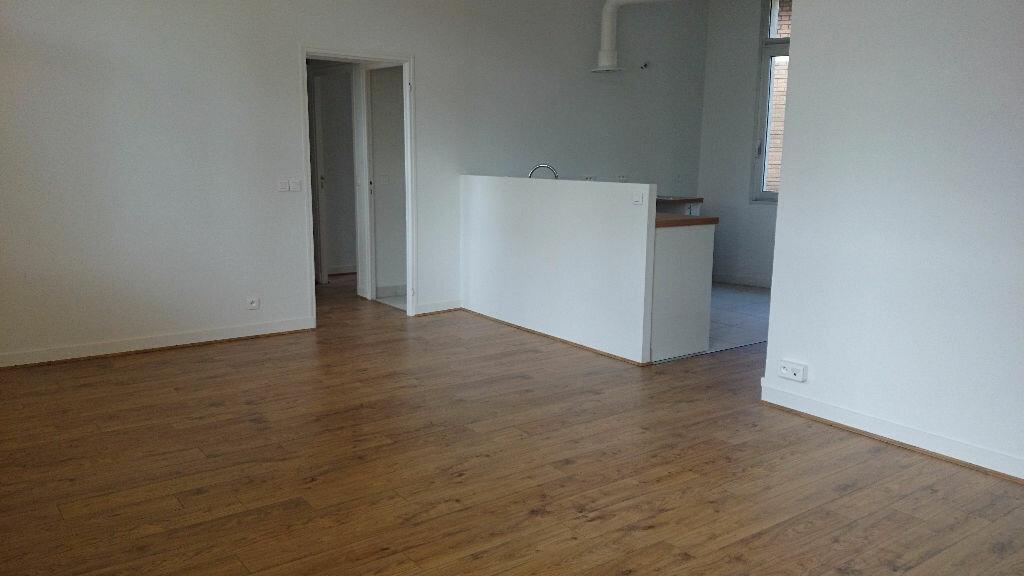 Appartement à louer 3 67m2 à Paris 13 vignette-3