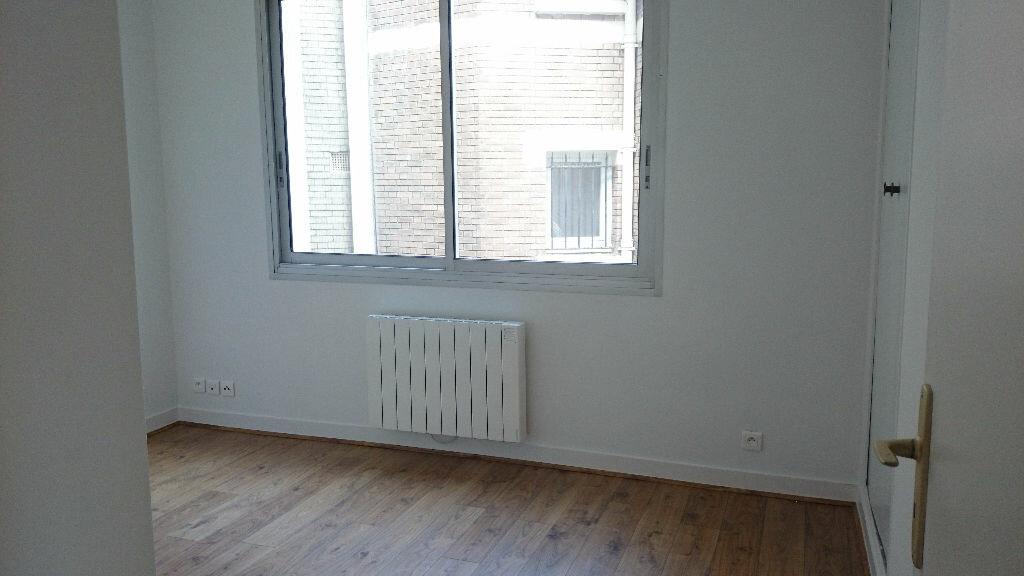 Appartement à louer 3 67m2 à Paris 13 vignette-6