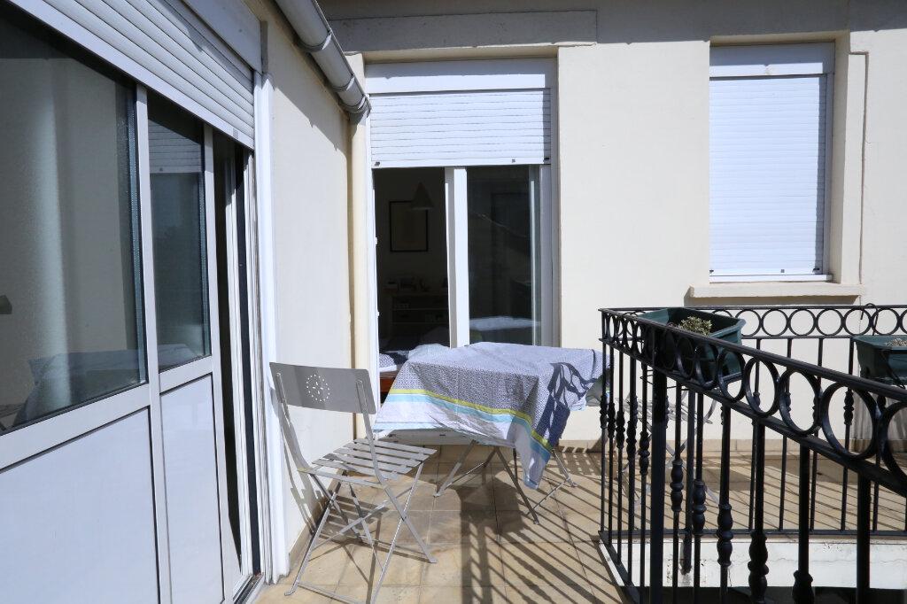 Maison à vendre 5 115m2 à Arcueil vignette-7