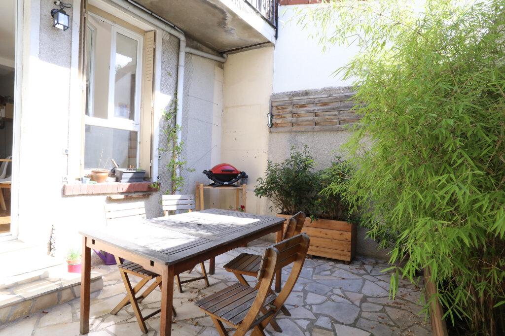 Maison à vendre 5 115m2 à Arcueil vignette-13