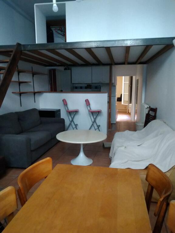 Appartement à louer 2 37m2 à Paris 2 vignette-1