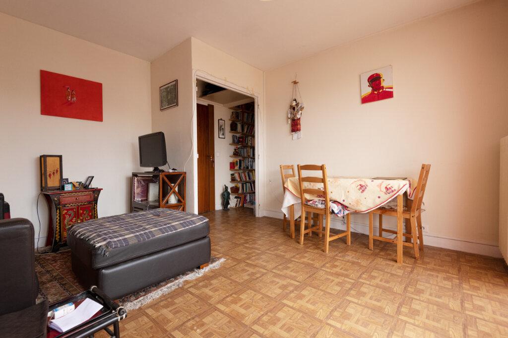 Appartement à vendre 3 50.24m2 à Paris 13 vignette-2