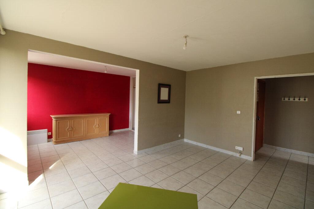 Appartement à vendre 2 43.67m2 à Mantes-la-Jolie vignette-2