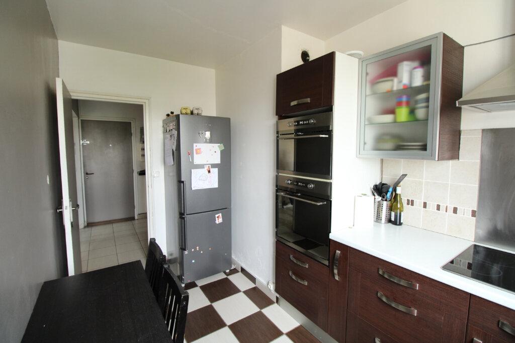 Appartement à vendre 4 72m2 à Mantes-la-Ville vignette-2