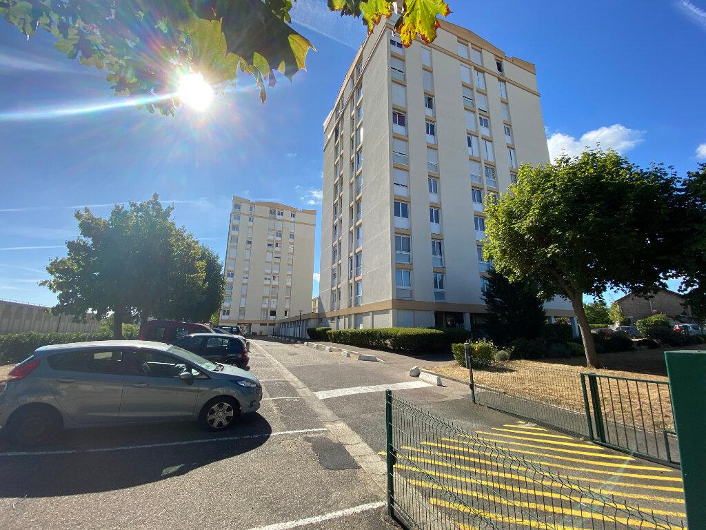 Appartement à vendre 4 73.71m2 à Mantes-la-Ville vignette-1
