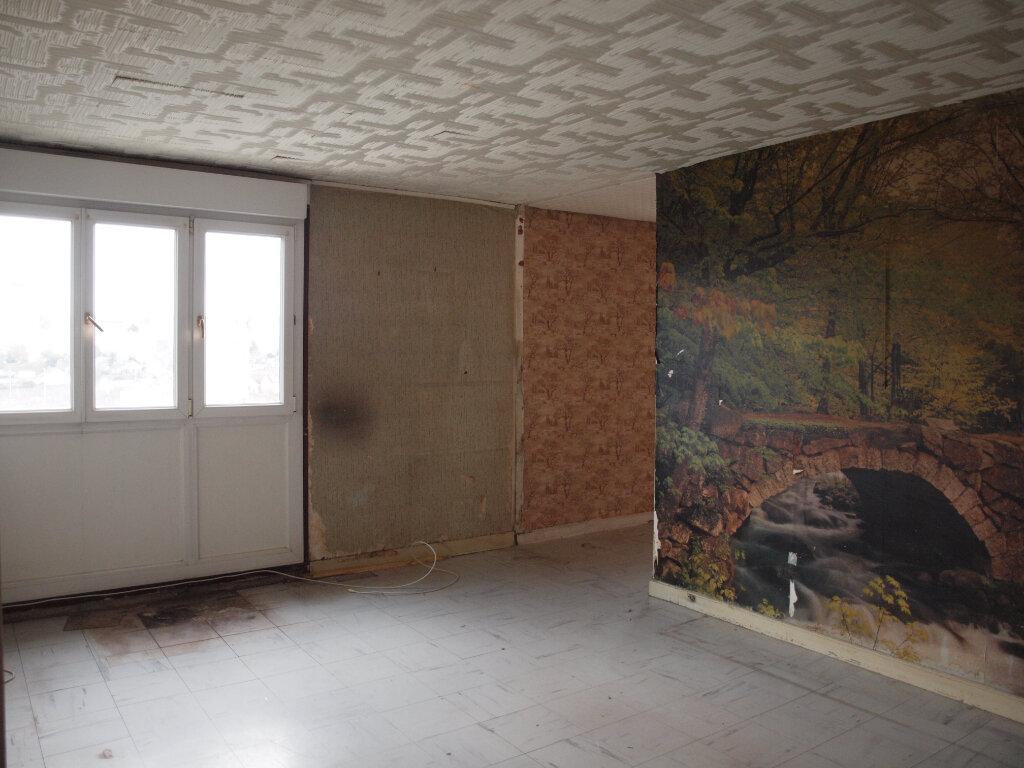 Appartement à vendre 4 73.71m2 à Mantes-la-Ville vignette-2