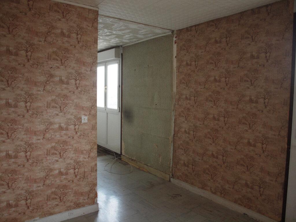 Appartement à vendre 4 73.71m2 à Mantes-la-Ville vignette-4