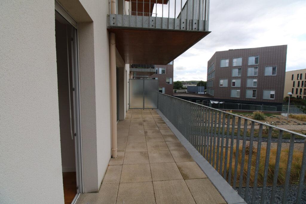 Appartement à louer 4 78.96m2 à Mantes-la-Jolie vignette-6