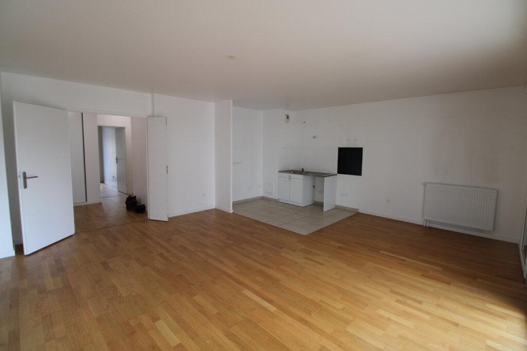 Appartement à louer 4 78.96m2 à Mantes-la-Jolie vignette-14