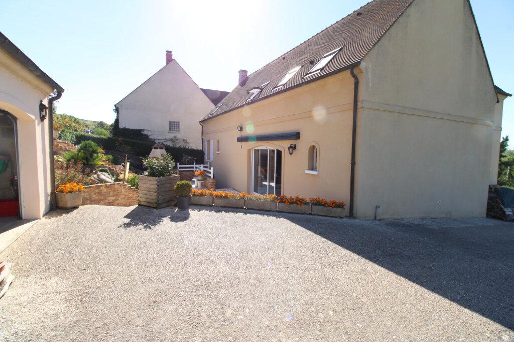 Maison à vendre 6 180m2 à Vétheuil vignette-1