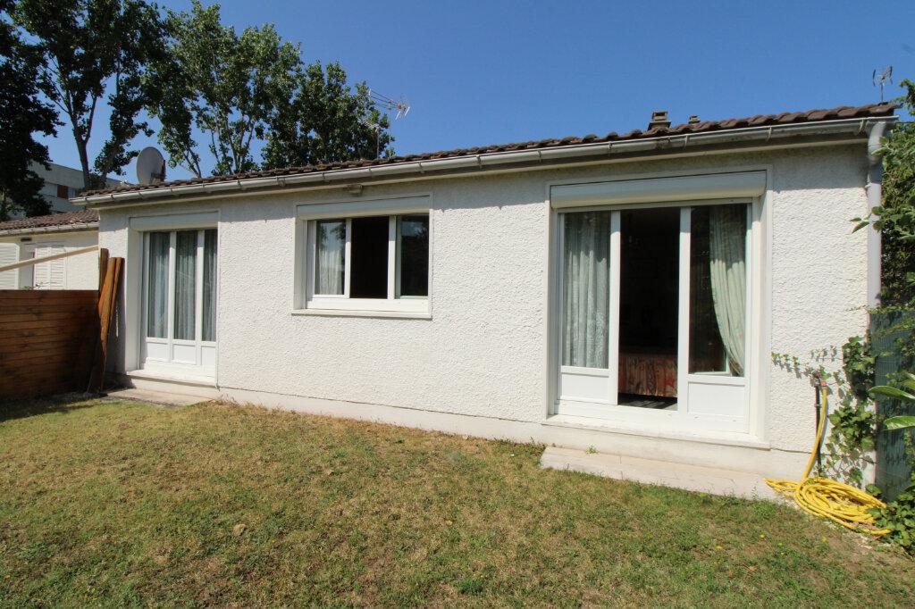 Maison à vendre 5 97m2 à Mantes-la-Jolie vignette-1