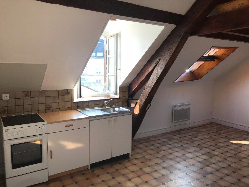 Appartement à louer 1 21.74m2 à Mantes-la-Jolie vignette-1