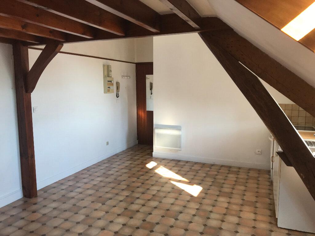 Appartement à louer 1 21.74m2 à Mantes-la-Jolie vignette-3