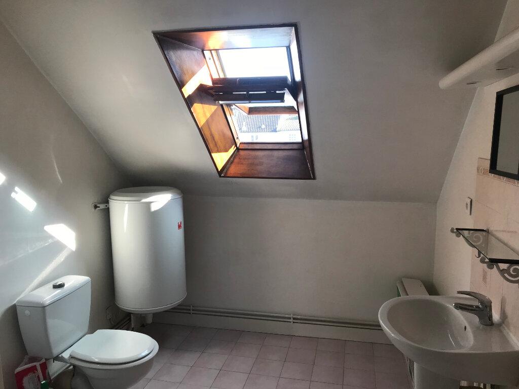 Appartement à louer 1 21.74m2 à Mantes-la-Jolie vignette-6
