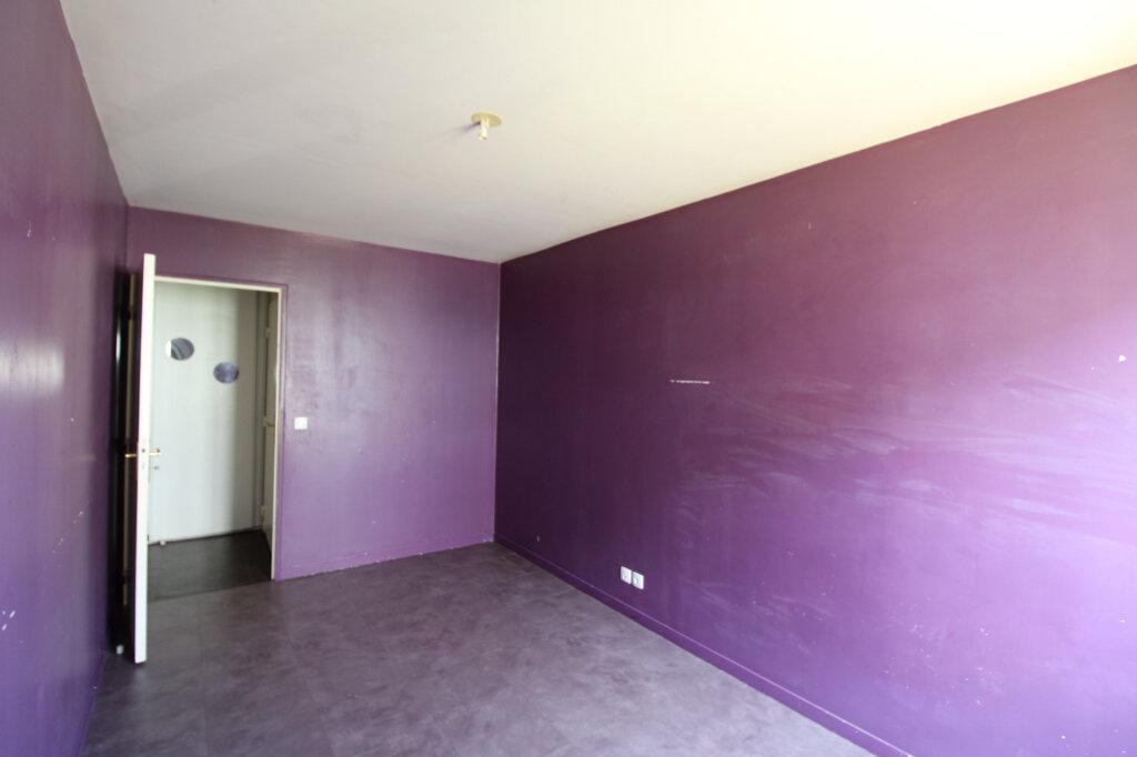 Appartement à vendre 4 85.08m2 à Mantes-la-Jolie vignette-7