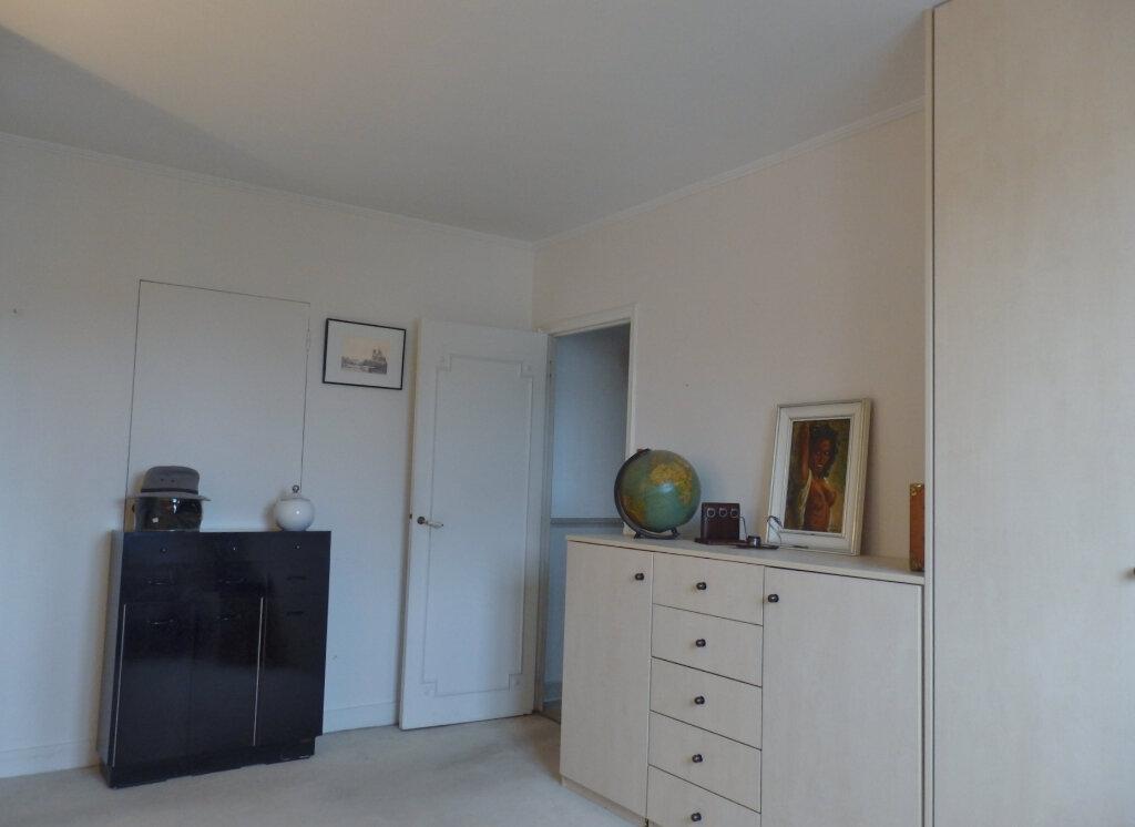 Appartement à vendre 4 78m2 à Sannois vignette-3