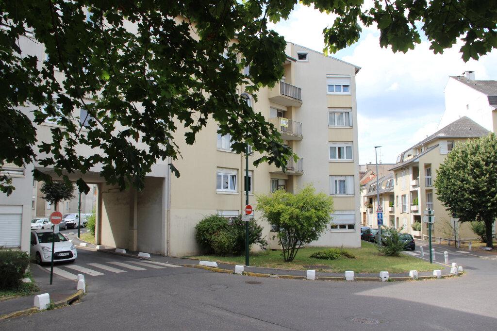 Appartement à vendre 4 81.1m2 à Sannois vignette-1