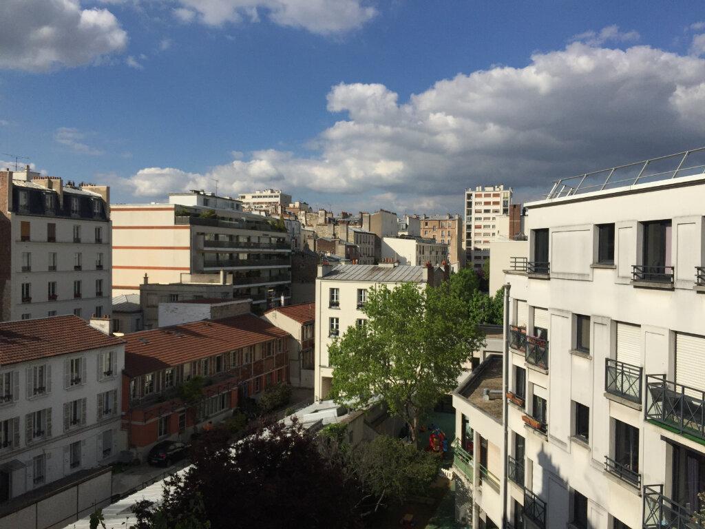 Appartement à louer 2 46m2 à Paris 17 vignette-1