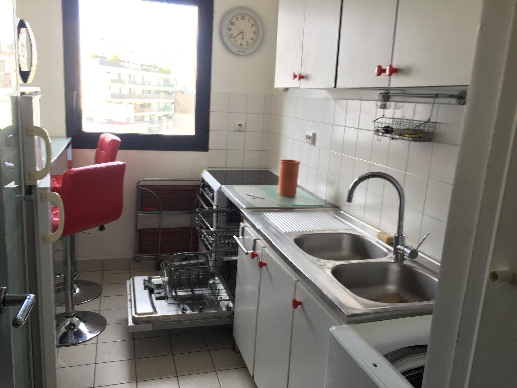 Appartement à louer 2 46m2 à Paris 17 vignette-5
