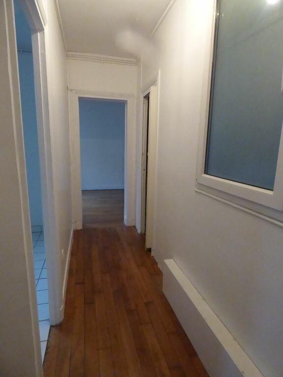 Appartement à louer 2 39.78m2 à Paris 17 vignette-1