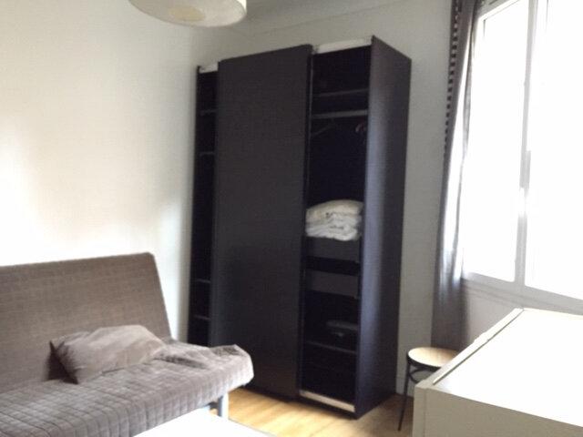 Appartement à louer 1 17.63m2 à Paris 18 vignette-1