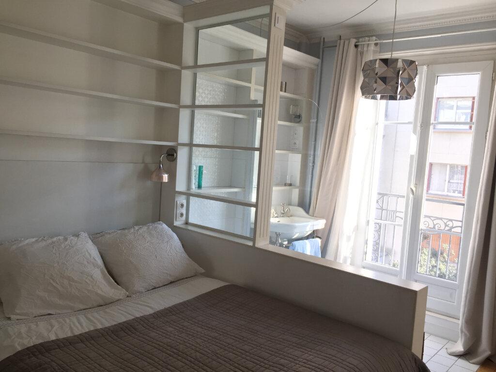 Appartement à louer 2 37m2 à Paris 17 vignette-9