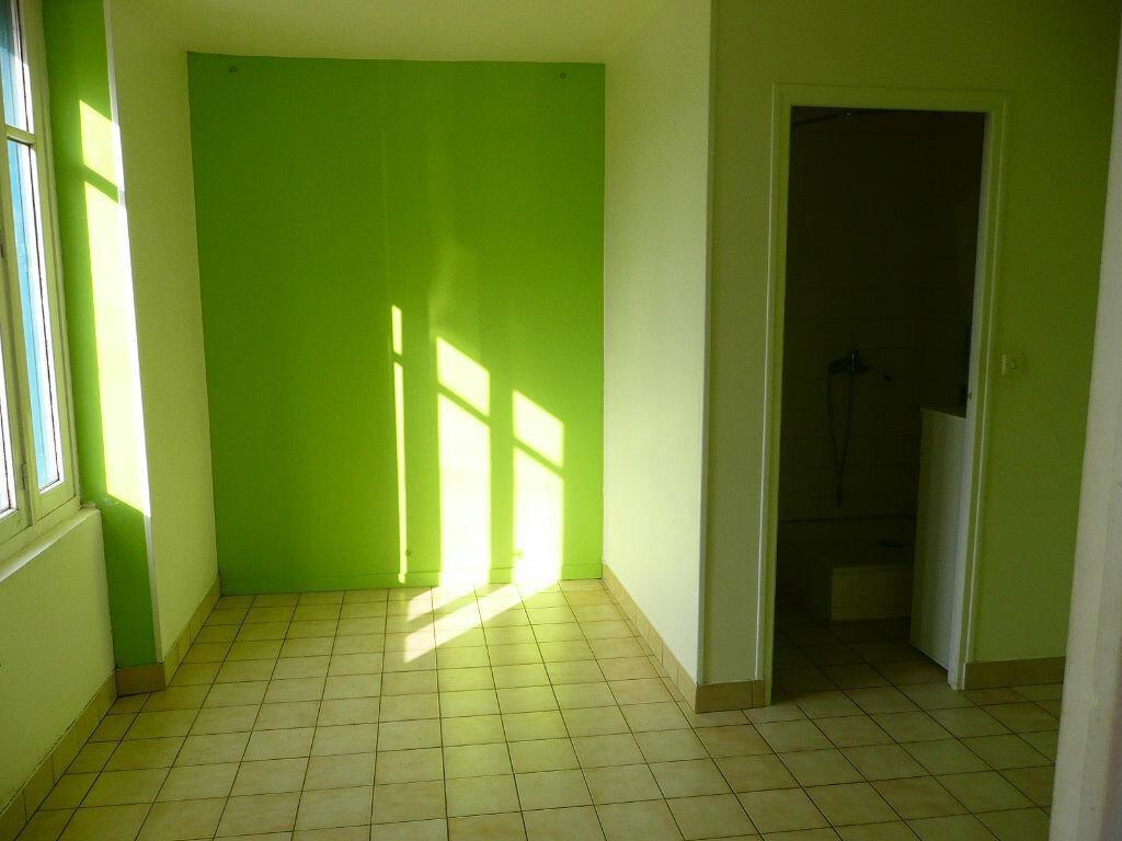 Appartement à louer 2 48m2 à La Celle-sur-Morin vignette-3