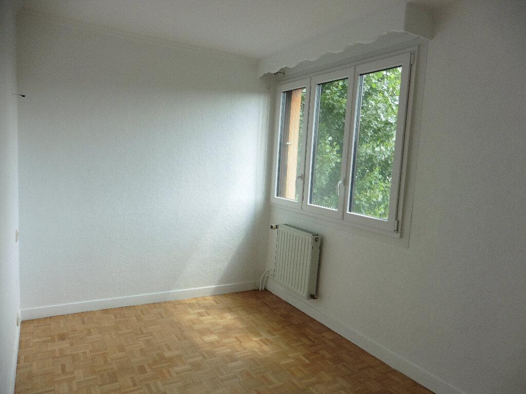 Appartement à louer 4 80m2 à Coulommiers vignette-7