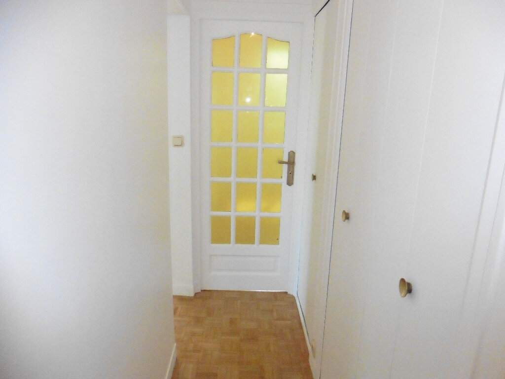 Appartement à louer 4 80m2 à Coulommiers vignette-8