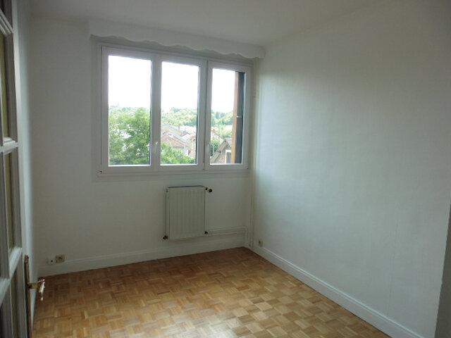 Appartement à louer 4 80m2 à Coulommiers vignette-9