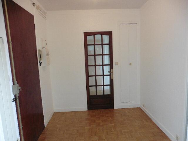 Appartement à louer 4 80m2 à Coulommiers vignette-10