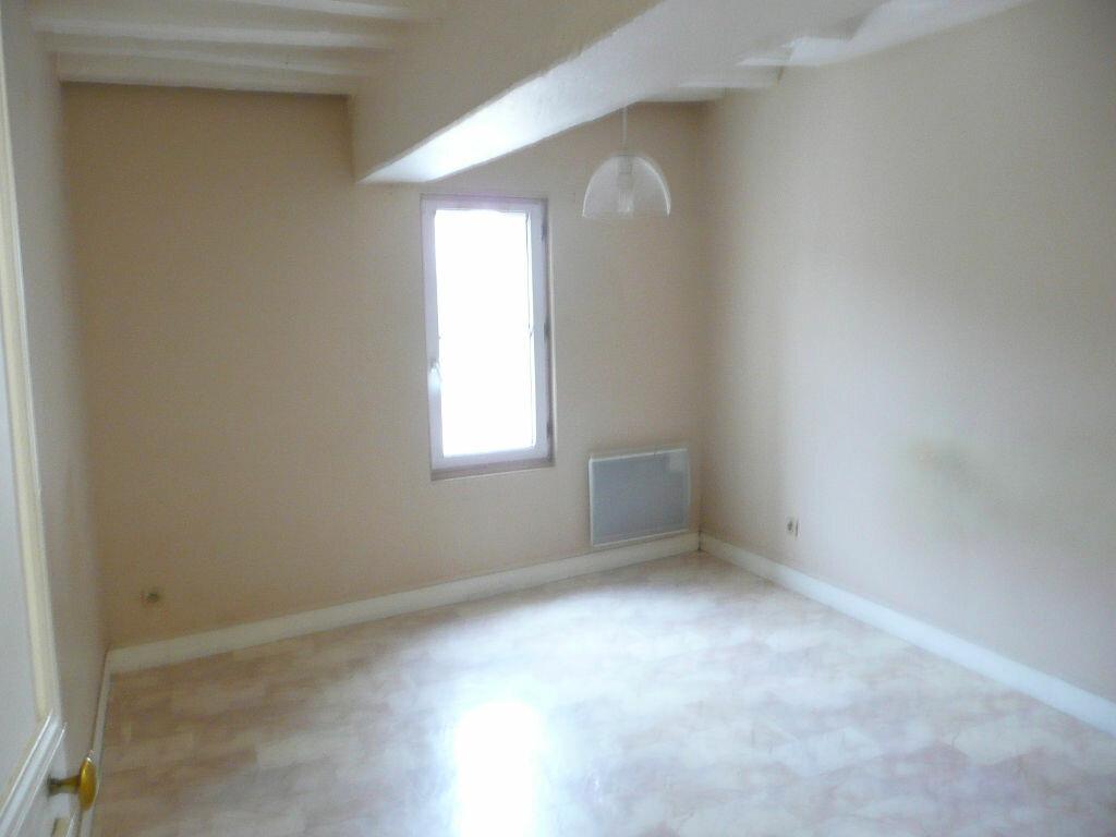 Appartement à louer 2 37m2 à Coulommiers vignette-3