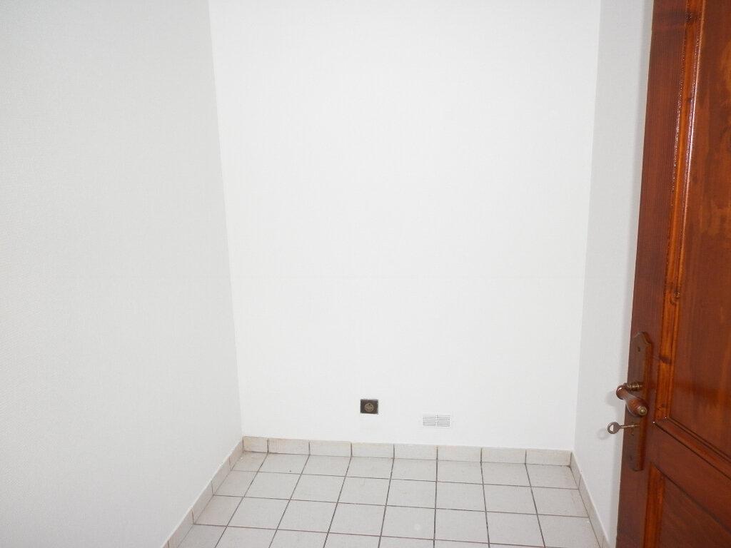 Appartement à louer 2 37m2 à Coulommiers vignette-5