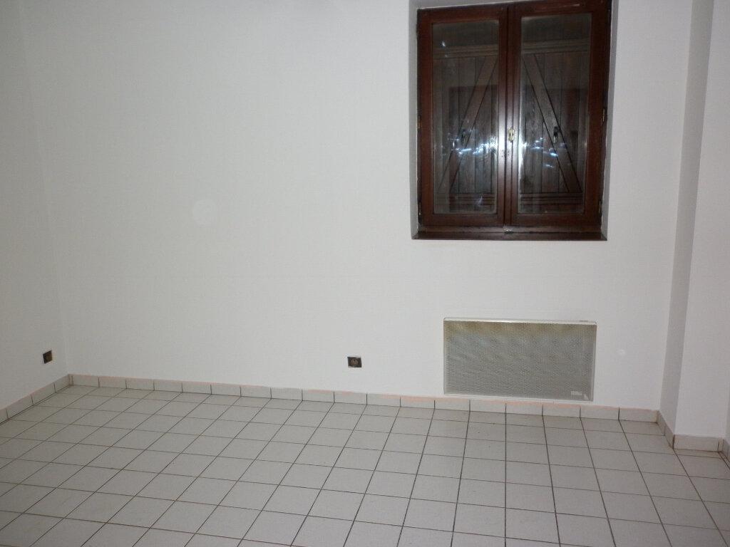 Appartement à louer 2 37m2 à Coulommiers vignette-6