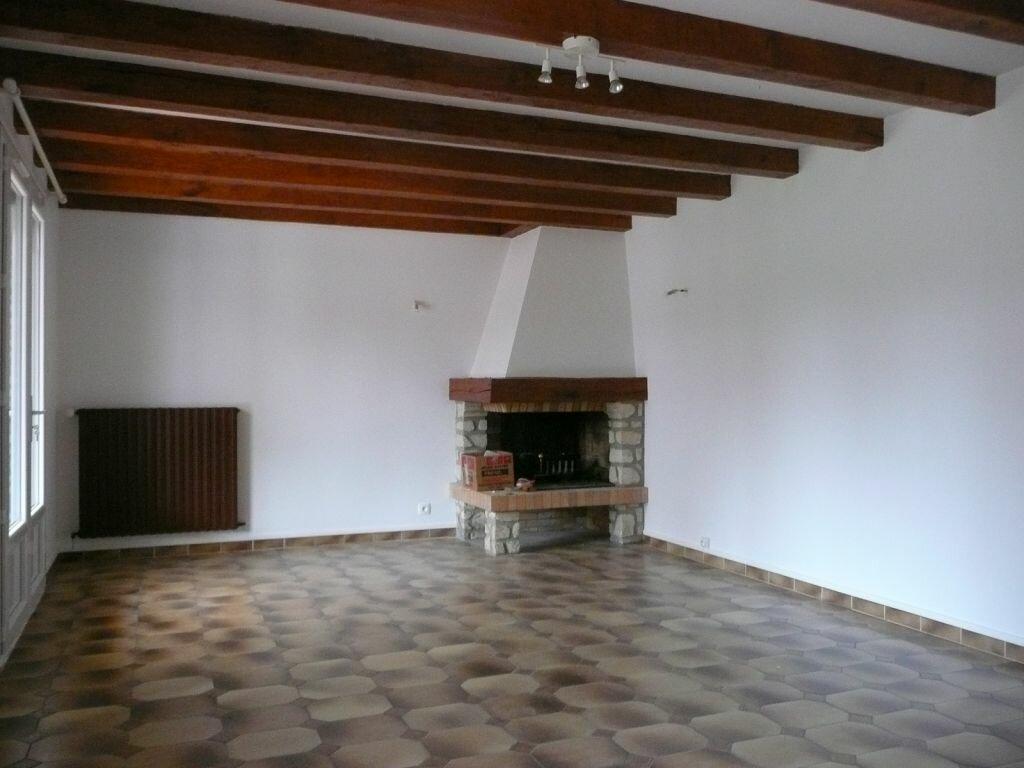 Maison à louer 5 209m2 à Boissy-le-Châtel vignette-8